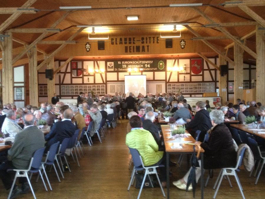 350 fachkundige Besucher aus dem ganzen Sauerland waren in Medebach